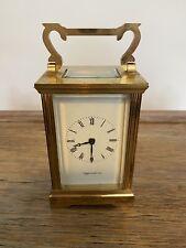 Mappin Y Webb Carro Reloj de latón