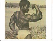bodybuilder Robby Robinson  PEAKING BICEP POSE Bodybuilding Muscle Photo B&W