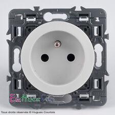 Prise 2P+T 16A Legrand Céliane blanc 67113+68112+80261 spéciale rénovation
