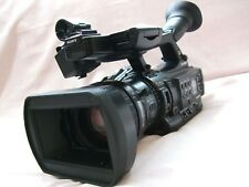 SONY PMW-200 XDCAM HD4:2:2 50Mbps SOLID STATE CAMCORDER (PAL/NTSC)