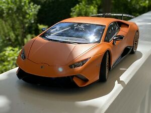 AUTOART 1:18 Lamborghini HURACAN PERFORMANTE  #79152 by RACEFACE-MODELCARS