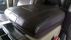 09-18 Ram Longhorn Center Console Lid (Bad Latch)