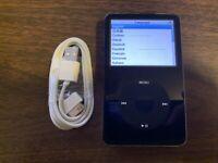 Apple iPod classic 5th Generation Black (60 GB) Bundle