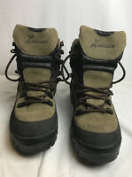 WELCO MEN'S BLACK and GREEN LEATHER   BOOTS SIZE  9R