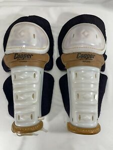 Vintage White Cooper DG9 Leather Knee Shin Guards Canada -S19