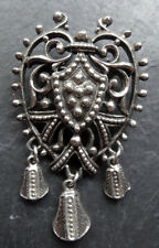 vintage signed JEWELCRAFT ornate love heart charm silver tone brooch -A365