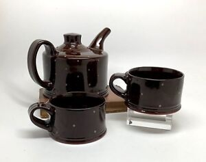 Julie Olson (Durham, NC) Tea for Two pot and cups, 2011, Very Fine