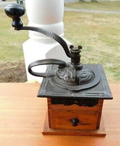ORNATE CAST IRON ANTIQUE KING #930 COFFEE MILL GRINDER ~ ARCADE MFG.