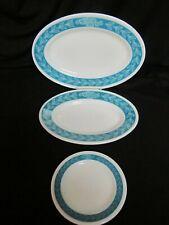 """VINTAGE PYREX LAUREL LEAF SET OF 2 PLATTERS 9 1/2"""" & 11 1/2"""" WITH 1 BREAD PLATE"""