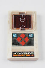 MATTEL ELECTRONICS BASKETBALL HAND HELD GAME (TIFF BOX)