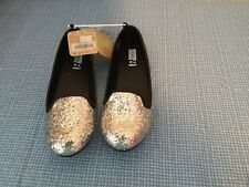 NWT Crazy 8 by Gymboree  Party Girl Silver Ballet Flat Shoes Big Girl Size 5