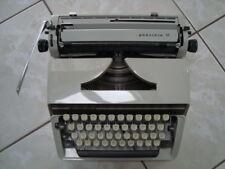 TRIUMPH Schreibmaschine, Typ Gabriele 10, 1975, voll funktionsfähig, TOP Zustand