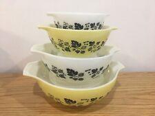 HTF Vintage PYREX GOOSEBERRY CINDERELLA Nesting Mixing Bowl Set Yellow & White