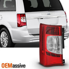 Fit 2011 2012 2013 2014 2015 2016 Chrysler Town & Country Driver LED Taillight