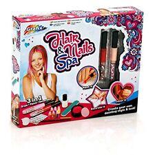 Grafix Chicas 20 piezas Cabello y Uñas Spa beauty makeover Salon Kit Juguete Set R030033