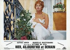 SOPHIA LOREN IERI, OGGI, DOMANI 1963 VINTAGE LOBBY CARD #1