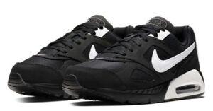 Nike Black and White IVO Juniors Boys Size 2 3 4 5 5.5 RRP £59.99