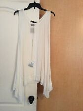 NEW Heartsould - White color Shark Teeth Bottom women tunic top Plus size 1X