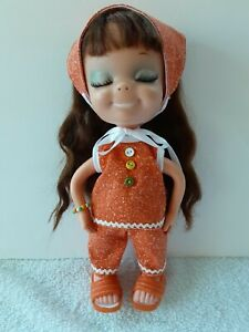 """1960's Vintage Uneeda Little Sophisticates """"Suzanna"""" doll w/outfit and shoes TLC"""