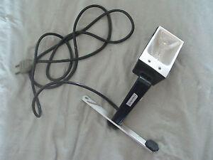 Accessoire camera 8 ou super 8 Torche avec son support et ampoule 1000W bon état