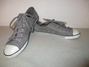 Top graue CONVERSE upper leather Cucks / Sneaker  Gr. EUR 40  UK 6