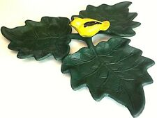 New listing 3 Leaf Iron Metal Bird Feeder with Canary in the center