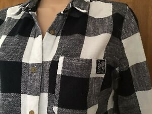 Snuggly Soft Superdry Ladies Shirt Size S