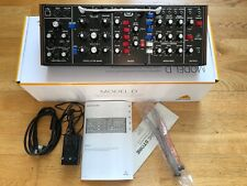 Analoger Behringer Model-D Synthesizer (MiniMoog) mit Garantie