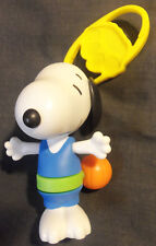 LOT#1151 SNOOPY MCDONALD'S HAPPY MEAL FIGURE BASKETBALL PLAYER (2016) BAG CLIP
