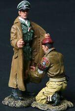 THOMAS GUNN WW2 BRITISH PARA003B THE PRISONER DESERT VERSION MIB