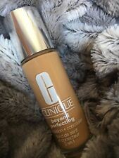 Clinique Beyond Perfecting Foundation & Concealer. Shade 8 Golden Neutral