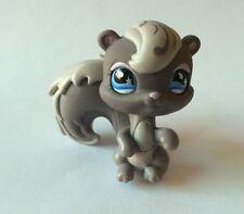 Littlest Pet Shop #910 Squirrel Chipmunk, Blue-White Raindrop Flower Eyes.!!