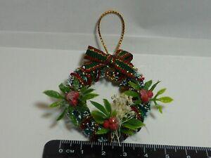 1:12 Scale Luxury Christmas Wreath  Dolls House Xmas Accessory Baubles