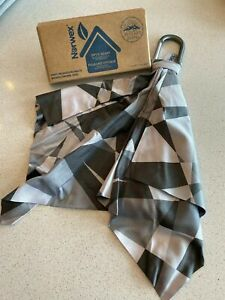 Norwex Optic Scarf  Grey Monochromatic Scratch Resistant Microfiber Clips On