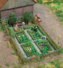 Walthers SceneMaster HO Scale Vegetable Garden Plot (Fence/Bench) Scenery Kit