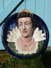 SCULPTURE médaillon reine renaissance barbotine, majolique XIX ème siècle