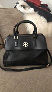 Tory Burch (75025) Britten Pebbled Leather Combo Crossbody Black Handbag Purse