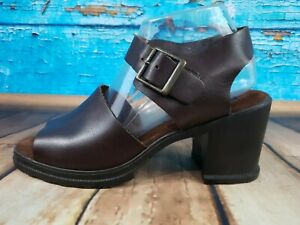 American Eagle Outfitters Brown Sandals Block Heel Rubber Soles Women's Size 9M
