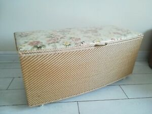 Vintage Wicker Ottoman Bedding Storage Box Blind-Craft