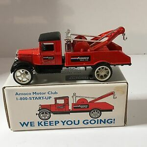 ERTL Amoco Motor Club 1931 Hawkeye Wrecker Coin Bank # 9417 Ltd Edition  1992