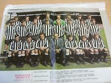 1971/1972 Football League Review: Newcastle United Double Page Team Group Image