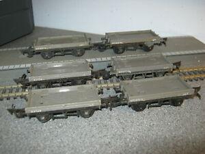 6 Triang OO Gauge R17/18 10 Ton Flatbed Wagons