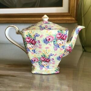 Royal Winton Grimwades Ltd. WELBECK Chintz ASCOT Shape Tea Pot Teapot