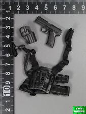 1:6 Scale DAM KSK LRRP 78039 - P8 Pistol w/ CQC Holster