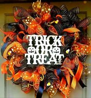 "Deluxe X-Large 30"" Pre-Lit Halloween Wreath Deco Mesh LED Door Decor"