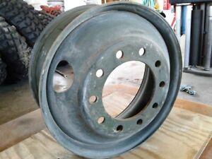 22.5X8.25 Maxion Steel Weel