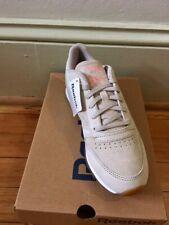 Women's Reebok Sneakers Classic Leather Beige Tennis Shoes Size  8.5