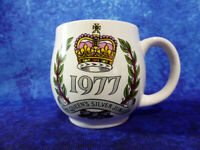 1977 Queen Elizabeth II SILVER JUBILEE Ovoid MUG Royal Commemorative Memorabilia
