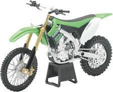 New Ray Toys 1:12 Die Cast Replica Kawasaki KX 450 F 2012 57483