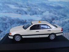 1/43  Minichamps Mercedes Taxi
